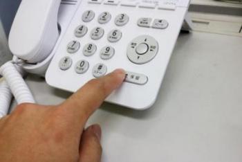 電話対応の際の保留マナーは徹底できていますか?